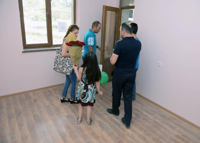 ԱՎԱՆ 3. Բնակարանամուտ (18)